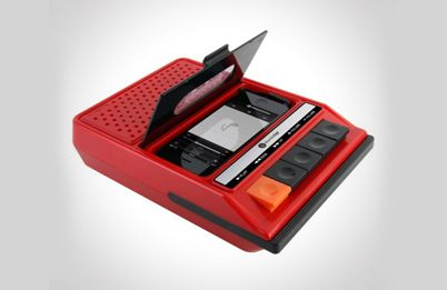 iRecorder – iPhone док-станция для любителей ретро.