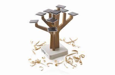 Зарядное солнечное устройство Suntree дерево жизни для вашего девайса.